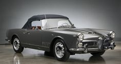 Looking for the Alfa Romeo 2000 of your dreams? There are currently 17 Alfa Romeo 2000 cars as well as thousands of other iconic classic and collectors cars for sale on Classic Driver. Old Sports Cars, Sport Cars, Classic Motors, Classic Cars, Vintage Cars, Antique Cars, Convertible, Automobile, Alfa Romeo Spider