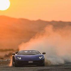 I can't even caption this... #ItsWhiteNoise #Lamborghini #Huracan @malekfayoumi