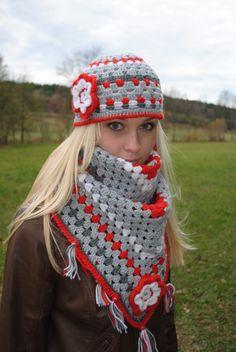 Šedivo-červený set čepice a šátku ..Set je ručně háčkovaný z kvalitní české 100% akrylové příze ... ... set se skládá z čepice a velkého šátku ... ... čepice je ozdobená kytičkou ( obvod čepice je 54 - 56 cm ) čepička působí velmí elegantně, ale díky barevnému složení velmi hravě  :) ... velký, huňatý, teploučký šátek, který Vás v zimně nejen ...