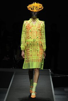 TRUE FASHIONISTA NOW: Tokyo Fashion Week: Anrealage S/S 2013 Collection.