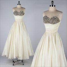 vintage 1950s dress . EMMA DOMB . ivory organza . 3876