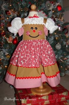 Karen& Butterflies and Faeries: Catching Up Part Gingerbread Dresses christmascostumes Ag Doll Clothes, Sewing Clothes, Sewing For Kids, Baby Sewing, Girls Christmas Dresses, Christmas Sewing, Diy Christmas, Karen, Little Girl Dresses