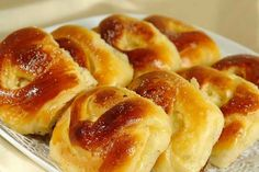 Pies like my grandmother: 5 simple recipes Albanian Recipes, Ukrainian Recipes, Russian Recipes, Russian Cakes, Homemade Pastries, Cheese Ingredients, Savory Tart, Romanian Food, Just Cooking