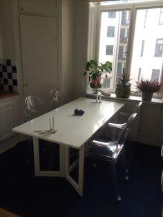sliding worktop with hidden sink and hob, creates breakfast bar ... | {Pantryküche design 20}