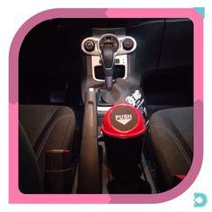 Essa lixeira é para aqueles que se preocupa com a organização dentro do carro. - - www.uvdecor.com.br @uvdecor2017 - - #uvdecor #presentes #presentescriativos #shoppingonline #mundocriativo #criatividade #decorando #decoracao #decor #decoracaocriativa #decoracaodeinteriores #reforma #nerd #instageek #geekbrasil #geek #lixeira #carro #organizacao Keurig, Coffee Maker, Nerd, Kitchen Appliances, Home Decor, Creative Decor, Creativity, Creative Gifts, Interior Decorating