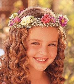 Flower Headpiece for flower girls! Flower Girl Hairstyles, Cute Hairstyles, Wedding Hairstyles, Chinese Hairstyles, Hairdos, Flower Girls, Flower Girl Dresses, Flower Crowns, Flowers In Hair