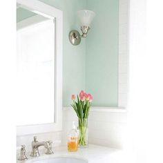 White and mint . . Pic from pinterest #mint #mintgreen #white #whiteaddict #bathroomideas #homedecor #instadecor #instadesign #pastelcolors #akibatgabisatidur #makinbrowsingmakinmelek by momcyl Bathroom designs.