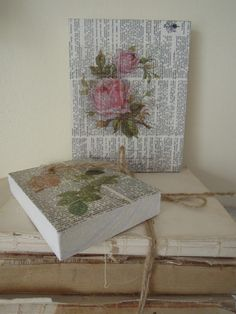 Written word paper from book Lace Painting, Painting On Wood, Diy Paper, Paper Crafts, Diy Crafts, Decoupage On Canvas, Shabby Chic Wall Decor, Diy Shows, Stencil