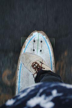Longboard for life Skates, Skate Photos, Stand Up Paddle, Skate Surf, Vans Skate, Skater Girls, Surf Style, Surfs, Surfboards