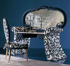 Padded dressing table with mirror