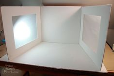 DIY photography light box: cheap, foldable, effective and easy to add a background -- lc: DIY photography light box WIN!!