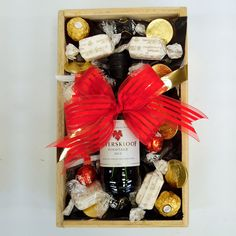 1 x Beyerskloof Pinotage Wine 1 x Raffaello 6 x Chocolate Coins 3 x Ferrero Rocher 3 x Lindt Lindor Dark Chocolate Truffles 3 x Lindt Lindor Milk Chocolate Truffles 4 x Nougat Bon Bons Dark Chocolate Truffles, Chocolate Coins, Lindt Lindor, Hampers, Wine Rack, Goodies, Gift Wrapping, Christmas, Baby