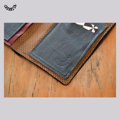 Portafogli artigianale tascabile in pelle blu | Portafoglio in vera pelle italiana made in Sicily | Pezzo unico La Grassa Design di LAGRASSAdesign su Etsy