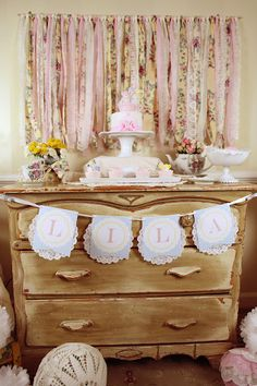 Vintage Teddy Bear Tea Party - Kara's Party Ideas - The Place for All Things Party Girls Tea Party, 3rd Birthday Parties, Tea Parties, 2nd Birthday, Birthday Ideas, Birthday Brunch, Birthday Recipes, Party Vintage, Vintage Theme