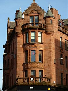 Architect Burnet, Boston and Carruthers, dated Quadrant of tenements curving up High Street; Shared by Motorcycle Fairings - Motocc Glasgow Girls, Glasgow School Of Art, Glasgow Scotland, Historical Architecture, Paint Schemes, England Uk, Destruction, United Kingdom, Buildings