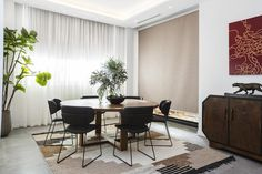 The Orbit Dining Table | The Block Shop