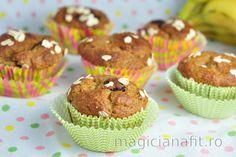 Křupavá granola s arašídovým máslem Muffin Recipes, Cupcake Recipes, Muffins Sains, Banana Oatmeal Muffins, Baking Muffins, Tasty, Yummy Food, Healthy Muffins, Vegan Dishes