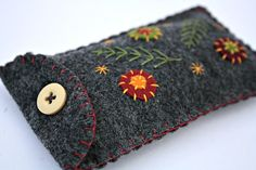 Felt phone case, small phone case, floral phone case, small handmade felt case for older phones, make-up case, felt jewellery case.