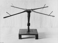 Replica of the yarn-winder from the Oseberg ship burial. Museum: Kulturhistorisk museum, UiO.   MuseumNo : O1904_garnvinne.   InventoryNo: CfO0769.