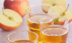 Caramel Apple Sangria ~MAKES YOU WANT TO HAVE A PARTY :) maybe try it hot