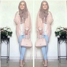 Hijab Fashion Selection of special trendy looks Look De . Hijab Fashion 2016, Muslim Women Fashion, Islamic Fashion, Modest Fashion, Look Fashion, Hijab Casual, Hijab Chic, Hijab Outfit, Hijab Fashion Inspiration