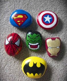 Painted Rocks // How to Paint & AMAZING Rock Painting Ideas - - Trying to learn how to paint rocks? Don't worry, here's everything you need to know about painted rocks PLUS the largest list of rock painting ideas ever. Pebble Painting, Pebble Art, Stone Painting, Diy Painting, Rock Painting Ideas Easy, Rock Painting Designs, Paint Designs, Stone Crafts, Rock Crafts