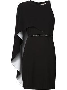 Reinvigorate your look with one of the designer cocktail dresses edit at Farfetch. Find striking party dresses from global luxury boutiques. Frock Fashion, Dolly Fashion, Fashion Outfits, Women's Fashion, Cape Sleeve Dress, Cape Dress, Black Dress With Sleeves, Dresses With Sleeves, Halston Heritage Dress