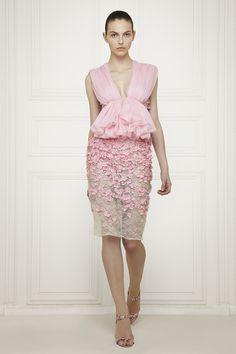 #GiambattistaValli, you gorgeous spring date outfit you.