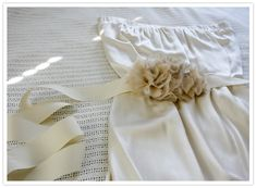 DIY ruffly belt~ Great for a Wedding or special event or a cute little dress!