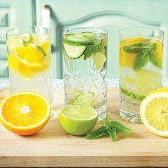 Kış aylarının vücudunuza verdiği rehavet ve ödemden kurtulmak için yapmanız gereken, limon / salatalık dilimleri ve taze nane ile tatlandıracağınız suyu tüketmek!