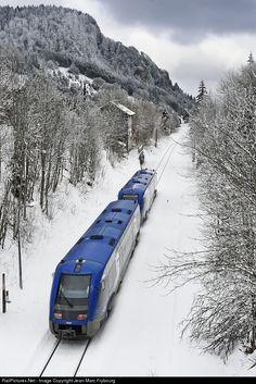 RailPictures.Net Photo: X 73668 SNCF X 73500 at Lus-la-Croix-Haute, Isère, France by Jean-Marc Frybourg