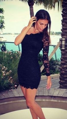 Perfect dress for a night out and just in time for back to school! Tons of cute dresses from Saved by the Dress!