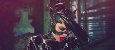 "Michelle Pfeiffer as Catwoman in ""Batman Returns"" Batman Gif, Batman And Catwoman, Batgirl, Dc Comics Film, Sci Fi Comics, Catwoman Selina Kyle, Best Movie Quotes, Batman Returns, Michelle Pfeiffer"