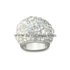I bought one of these Swarovski Chic rings in NY last year- i'd love one in every colour! I Love Jewelry, Charm Jewelry, Jewelry Rings, Women Jewelry, Jewelry Design, Swarovski Outlet, Swarovski Jewelry, Swarovski Crystals, Fashion Beads