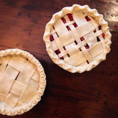 Rhubarb-raspberry-pear Pies
