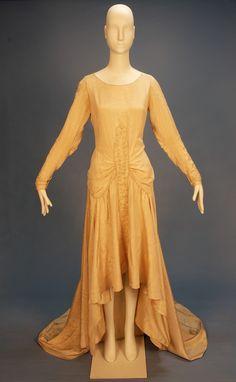 Wedding dress, 1920's