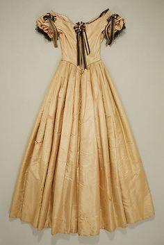Evening dress,  1845–50, silk