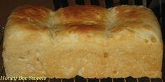 Every time we go back Singapore, my girls will always ask for this Corn loaf from Gardenia . They love the sweet fragrant soft bread and eat. Butter Roll Recipe, Sweet Corn, Singapore, Rolls, Bread, Recipes, Food, Candy Corn, Buns