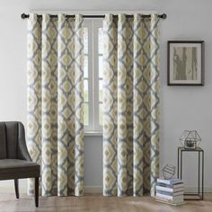 Combining quality and elegance, these cotton curtain panels draw the eye to your window and feature grommet fastenings to make for easy handling. The patterned curtain panel suits a variety of room co