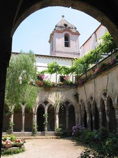 The Cloisters sorrento Italy my wedding venue