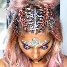 More glitter plz 💖