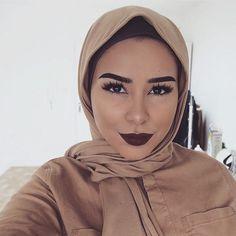 #MuslimahApparelThings Islamic Fashion, Muslim Fashion, Hijab Fashion, Turbans, Couple Outfits, Chic Outfits, Easy Hijab Style, Habiba Da Silva, Extreme Makeup