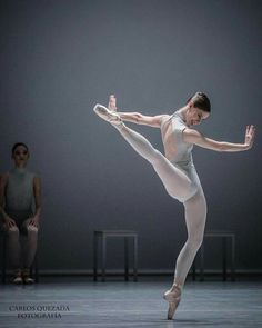 "© Carlos Quezada Elisa Badenes, ""The Second Detail"" choreography by William Forsythe, Stuttgarter Ballett"