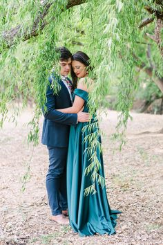 Dust and Dreams Photography _ Couples shoot Dream Photography, Photography Couples, Sea Holly, Emerald Green Dresses, Weeping Willow, Young Love, Over The Moon, Couple Shoot, Engagement Shoots