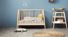Linea by Leander® Baby cot - 3 positions and a sofa