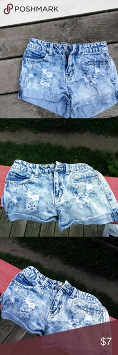 Sexy Light Blue Shorts jeans by Delia Like New (Size1 Junior) Delias Shorts
