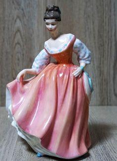 Royal Doulton figureFair Lady HN: 2835, Royal Doulton Tableware Limited 1962