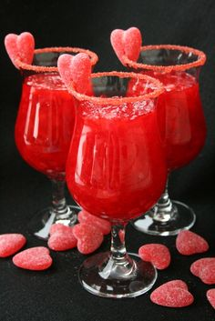 Red Hots 1 Cup Boiling Water 2 Cups Chilled Carbonated Beverage (We like Fresca) 20 oz. Crushed Pineapple, drained well Pop Rocks or colored sugar crystals. Pietro-Meli for our valentine's =) OMG ! Snacks Für Party, Party Drinks, Fun Drinks, Yummy Drinks, Beverages, Valentines Day Food, Valentine Drinks, Saint Valentine, Funny Valentine