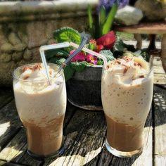 Café Glacé!! HMMMM Van een koude koffie thuiskomen!! Dat is helemaal geen straf! Heerlijke ijskoffie
