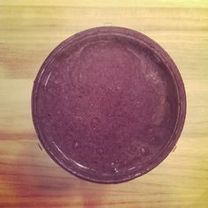 Dark Chocolate with Berries Smoothie - full recipe on blog! #vegan #vegetarian #raw #wholefood #fitness #Nutribullet